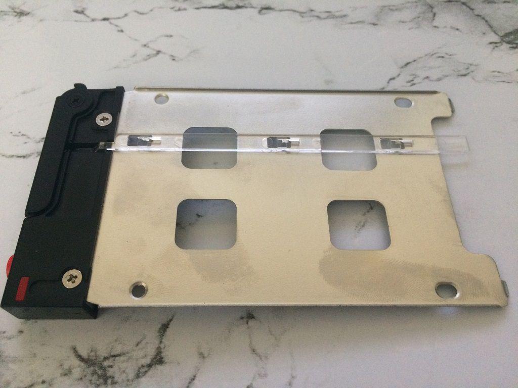 Обзор салазок для жесткого диска OImaster-MR6601